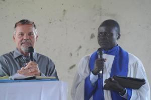 Pastor Alex did a wonderful job of translating my English into Aringa